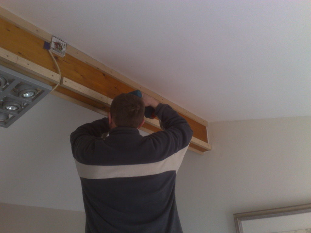 battening the beam