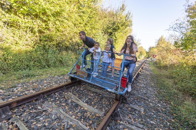 Veulo-Rail-9Jgazeaufigurantsautomne2018