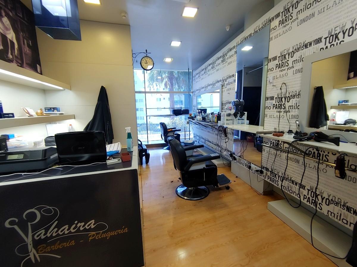 Barbería Peluquería Yahaira en Candelaria - Centro Comercial Punta Larga