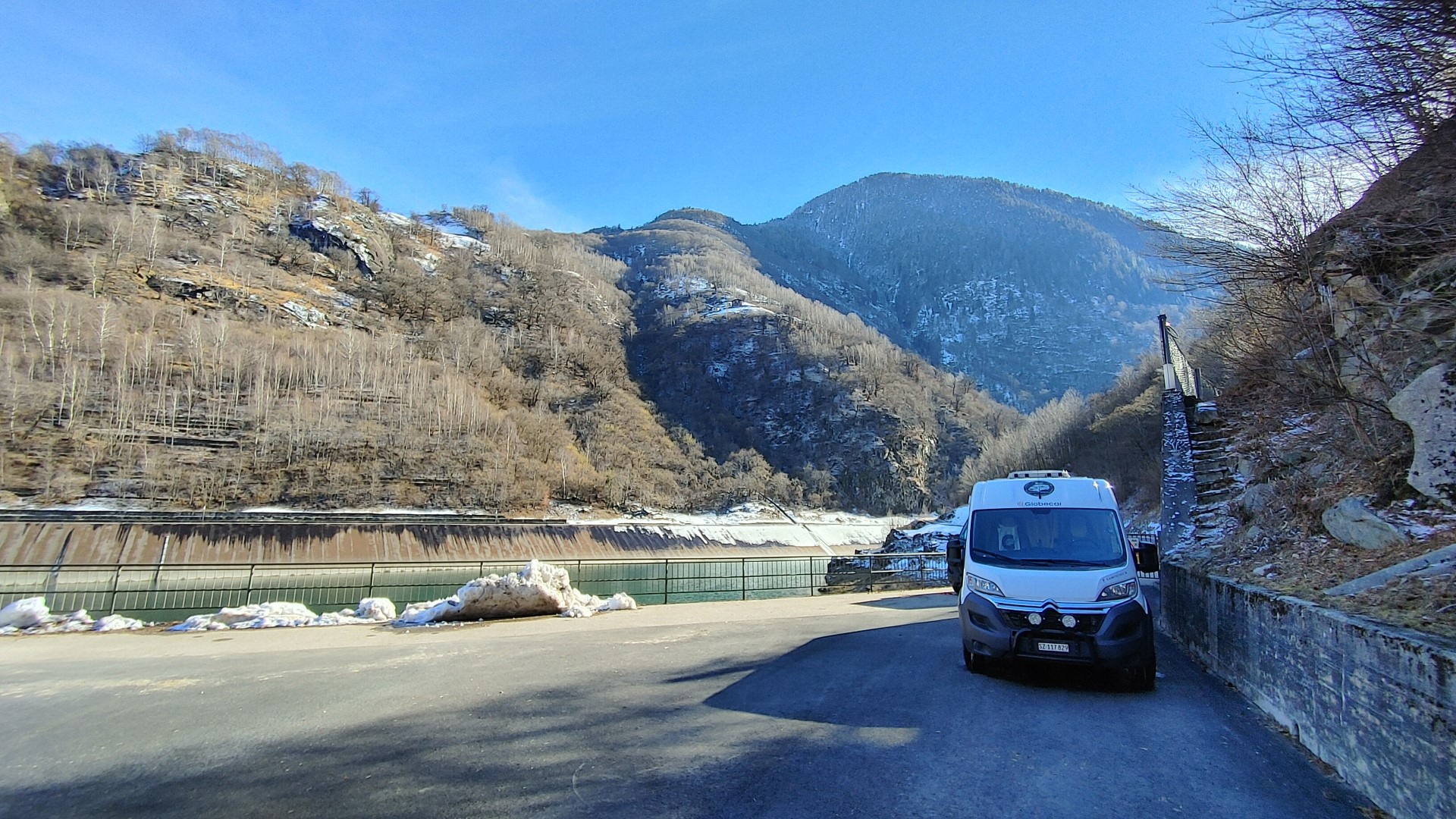#232 Tessin - Val d'Ambra Stausee - SONNE!!!