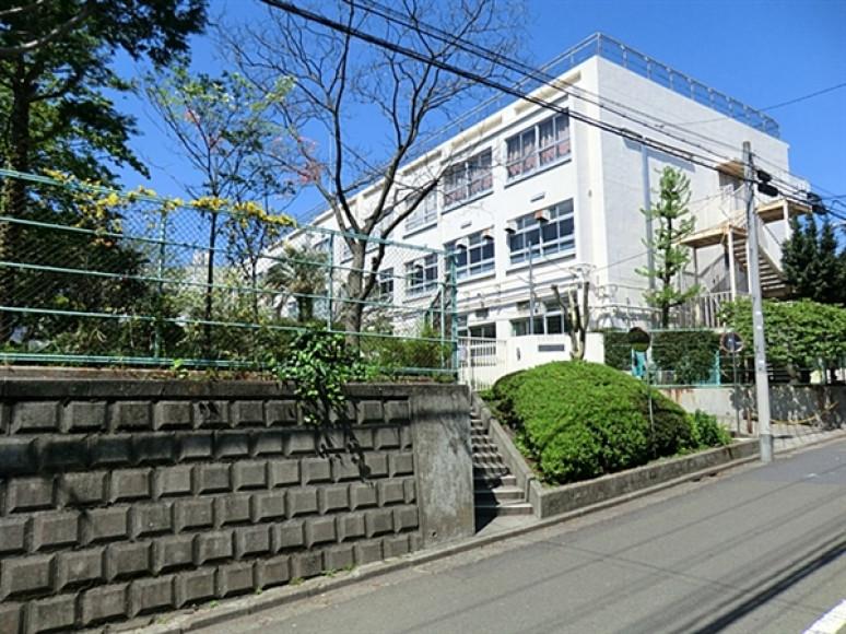 中野区立第八中学校