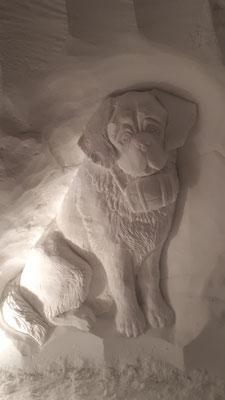 Saint-Bernard - Sculpture sur neige - Village Igloo La Rosière - Manon Cherpe