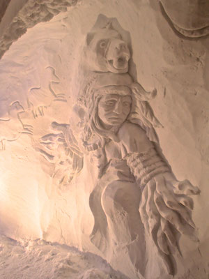 Chamane - Sculpture sur neige - Village Igloo les Arcs - Manon Cherpe