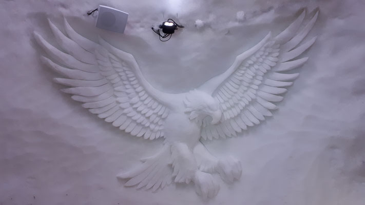 Aigle - Sculpture sur neige - Village Igloo Avoriaz - Manon Cherpe