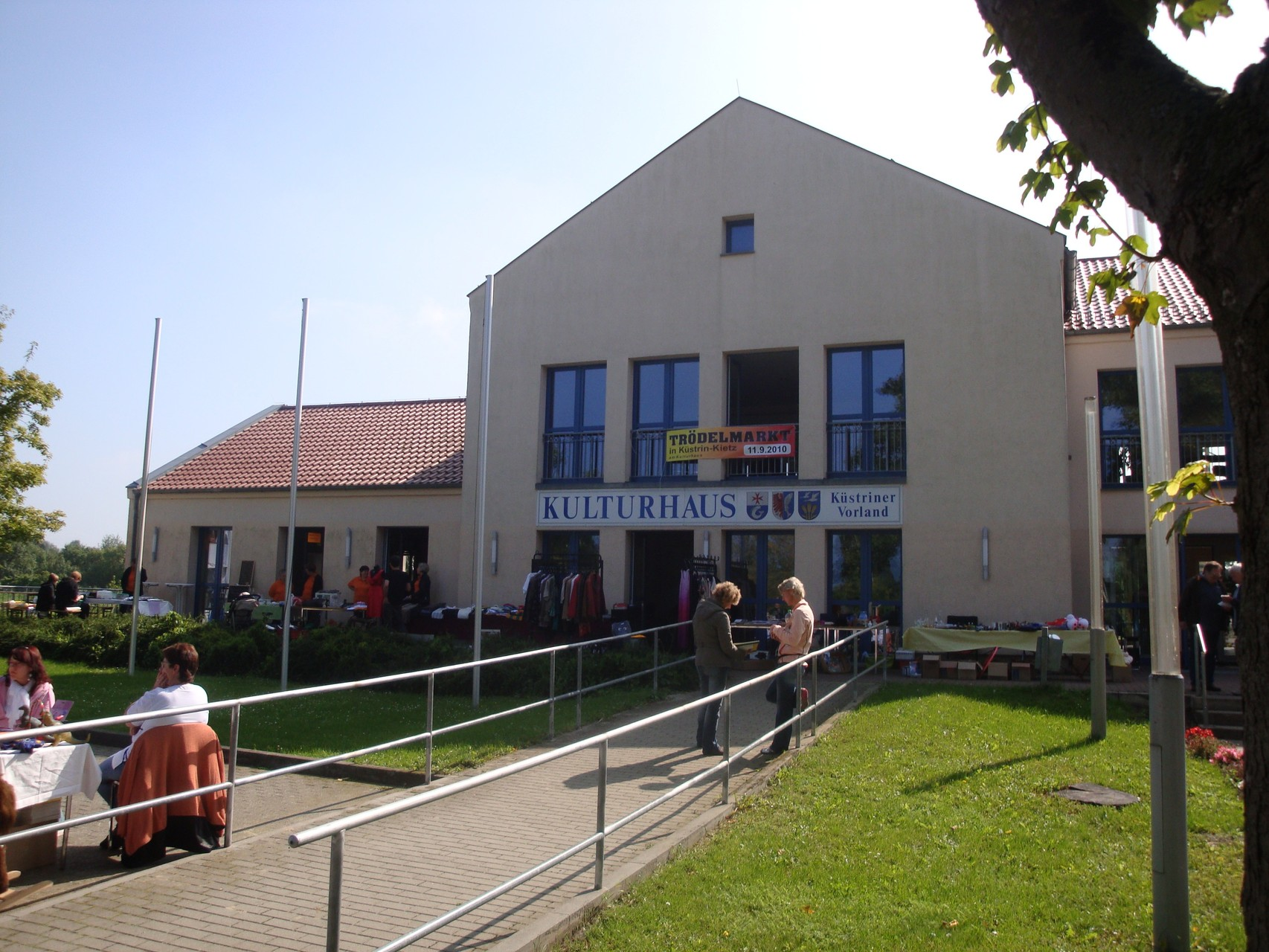 Trödelmarkt am Kulturhaus