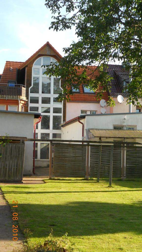 Gartenansicht mit Treppenahus
