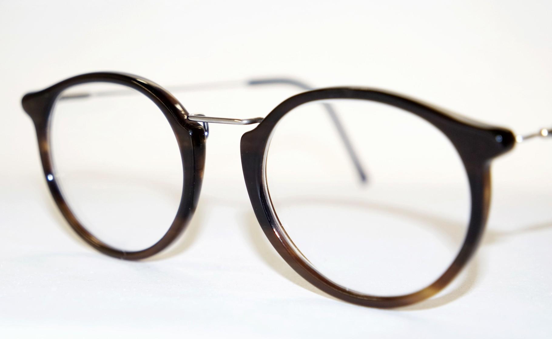 Büffelhornbrille aus Hamburg Blankenese