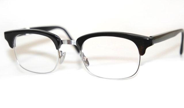 Bueffelhornbrille Federstahl