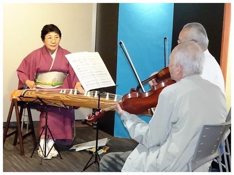 お筝演奏(ヴァイオリンと共演)