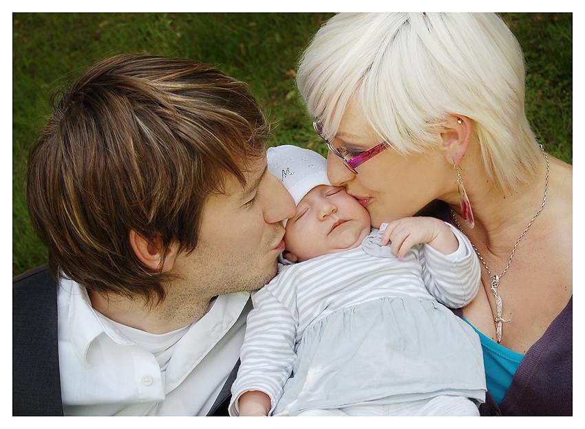 die süße Enie Lotta mit Ihren Eltern Ronny und Anja