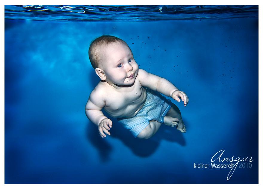 Mein Schatz beim Babyschwimmen, Danke an J. Müller
