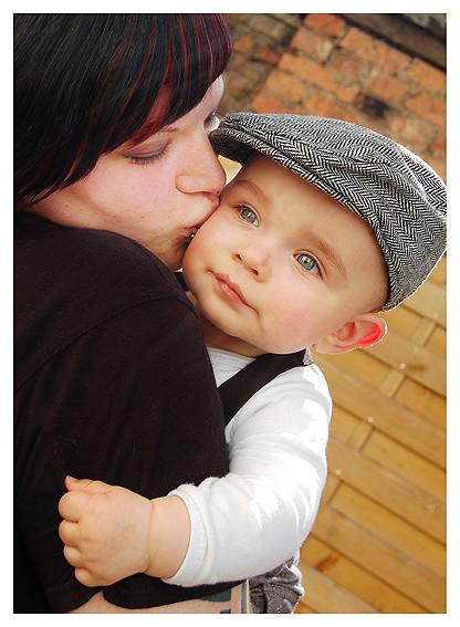 Model: Der süße Niklas und seine Mama Monique