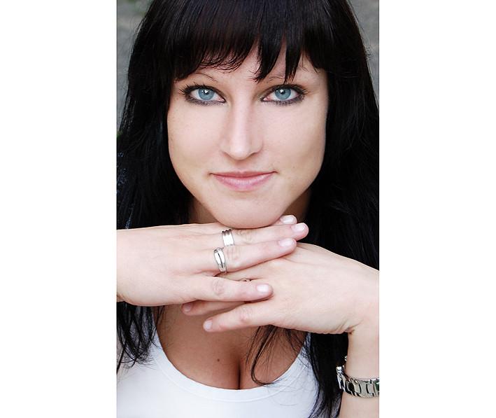 Model: Steffi