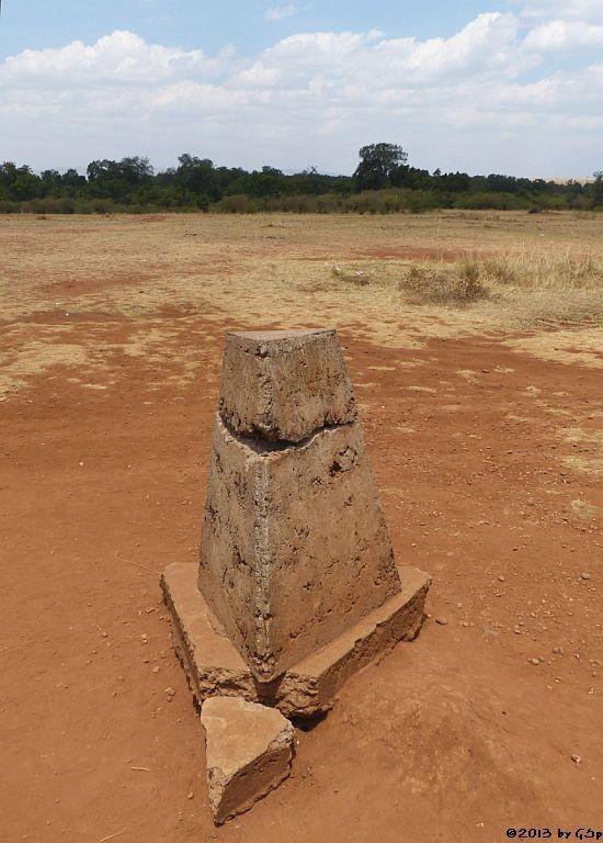 Grenzstein Kenia - Tansania