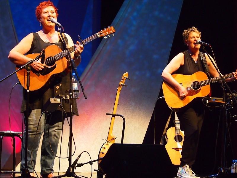 CHRIS WHILE & JULIE MATTHEWS, Juni 2013, Foto von Markus Scheidtweiler