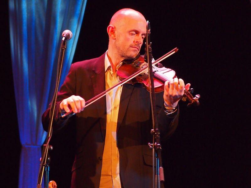 JULIE FOWLIS & BAND, November 2012, Foto von Markus Scheidtweiler