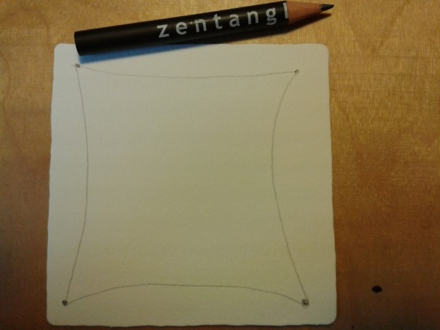 Mit dem Bleistift in lockerem Schwung Linien von Eckpunkt zu Eckpunkt ziehen