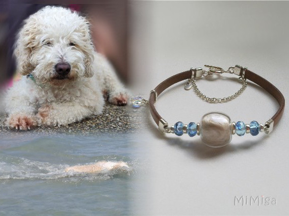 joya-artistica-mi-miga-con-pelo-animal-pulsera-cuero-plano-plata-ley-cristal-checo-charm-swarovski-cierre-marinero-cadenilla-perro-nala