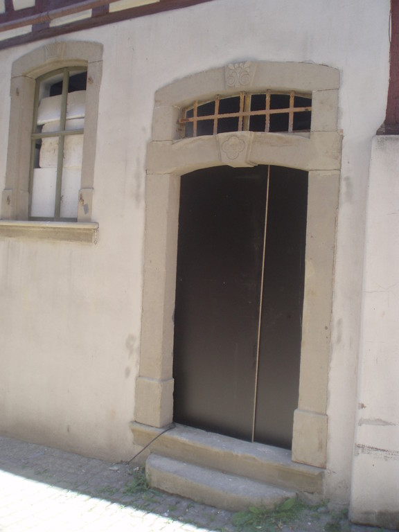 Die älteste Eingangstür des Gerberhauses aus dem 17.Jahrhundert befindet sich derzeit in der Restauration.