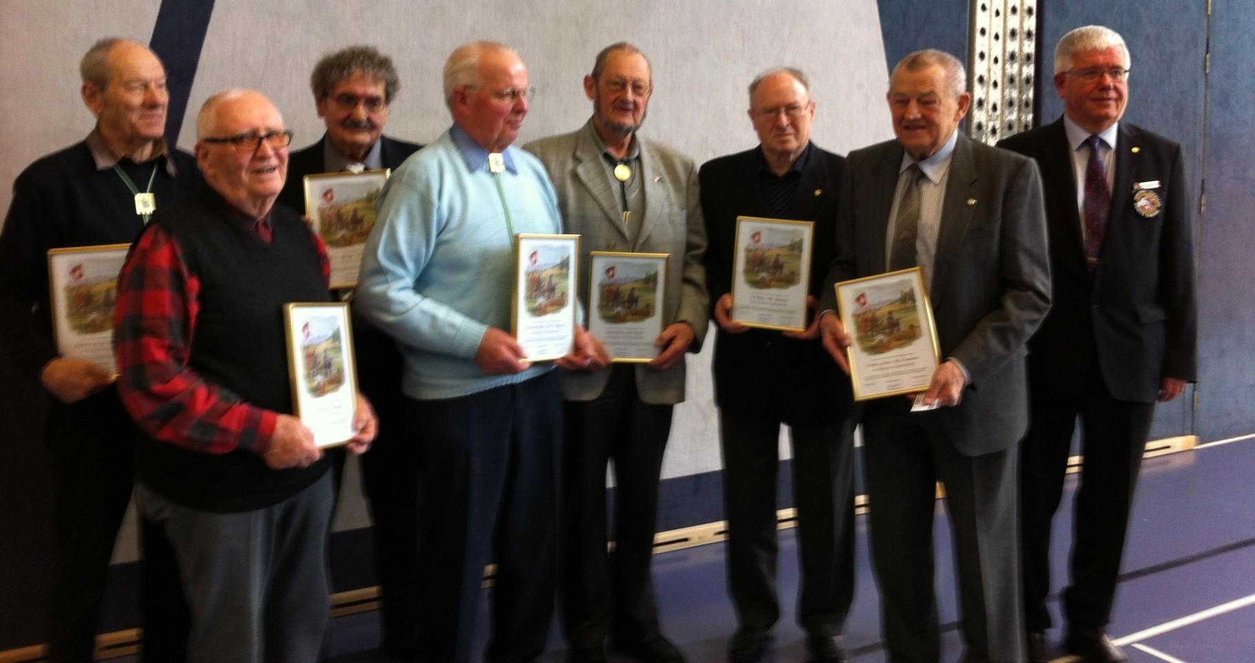 Vétérans d'honneur (80 ans et plus, 10 ans de sociétariat)