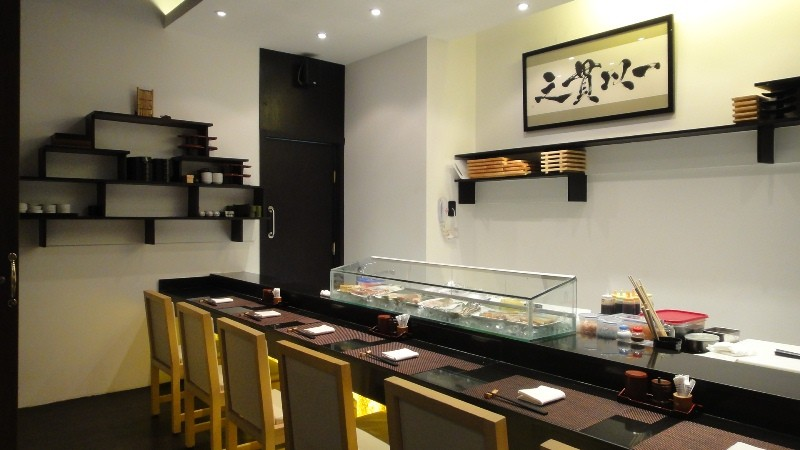 Makino Cairo Sushi Counter