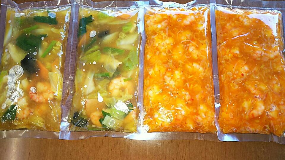 レトルトパック中華丼、エビチリ