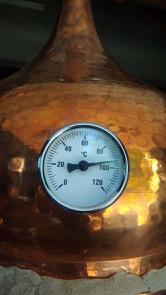 Alambic cuivre traditionnel distillation