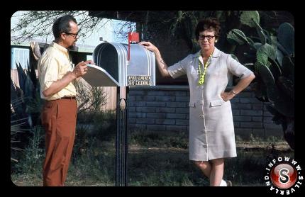 Jim e Coral Lorenzen presso la sede APRO a Tucson in Arizona, alla fine degli anni '60
