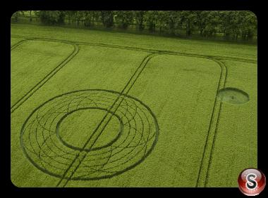 Crop circles Broad Hinton - Wiltshire 2017