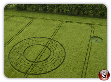 Crop circles Broad Hinton - Wiltshire 2017