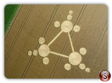 Crop circles - Standdaarbuiten, nr Oudenbosch, The Netherlands 2013