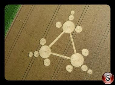 Crop circles - Standdaarbuiten nr Oudenbosch The Netherlands 2013