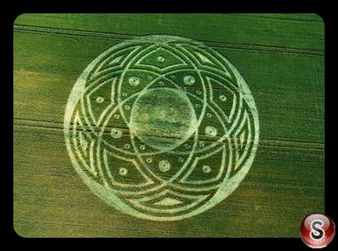 Crop circles - Honey Street Wiltshire 2009