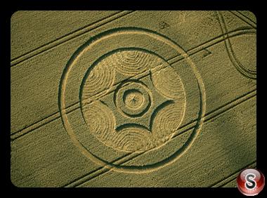 Crop circles - Green Street Nr Avebury Wiltshire 2014