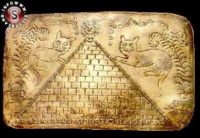 Placca d'oro con piramide di Padre Carlo Crespi