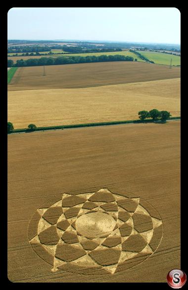 Crop circles - Gander Down Hampshire 2006