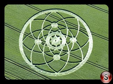 Crop circles - Hackpen Hill Nr Broad Hinton Wiltshire UK 2013