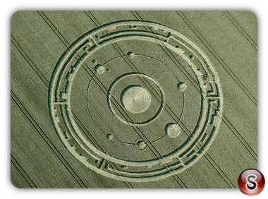 Crop circles Maiden Castle, Dorset UK 2015
