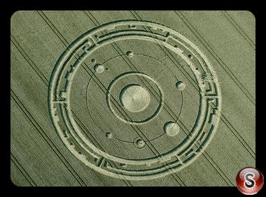 Crop circles  -Maiden Castle Dorset UK 2015
