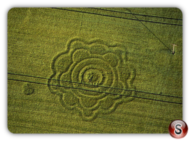 Crop circles - Goodworth, Clatford, Hampshire 1996