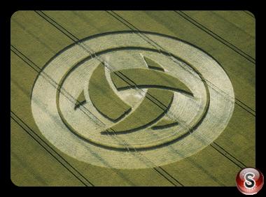 Crop circles - Barbury Castle, Wiltshire 1999