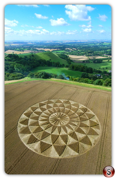 Crop circles - Martinsell Hill Ramsbury Wiltshire 2007