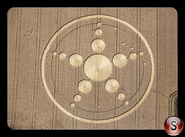 Crop circles - Haunsheim Bayern (Bavaria) Germany 2013