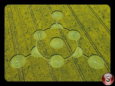 Crop circles - Morgans Hill Wiltshire 2009