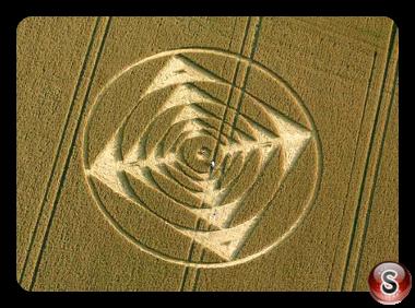 Crop circles - Stonehenge nr Amesbury Wiltshire UK 2013