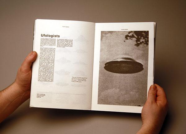 Ufologi - THE UFO HANDBOOK