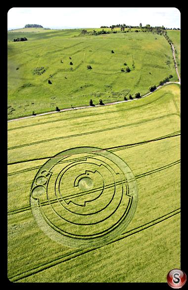 Crop circles - Barbury Castle Wiltshire 2008