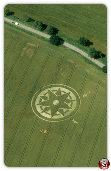 Crop circles - Dadford, Buckinghamshire 1998