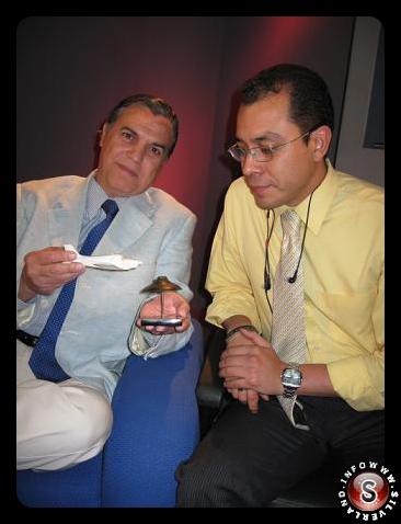 Carlos Antonio de los Santos che descrive il caso