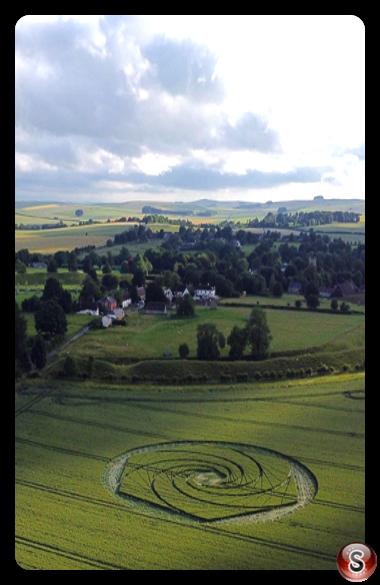 Crop circles - Avebury Stone Circle Wiltshire 2021